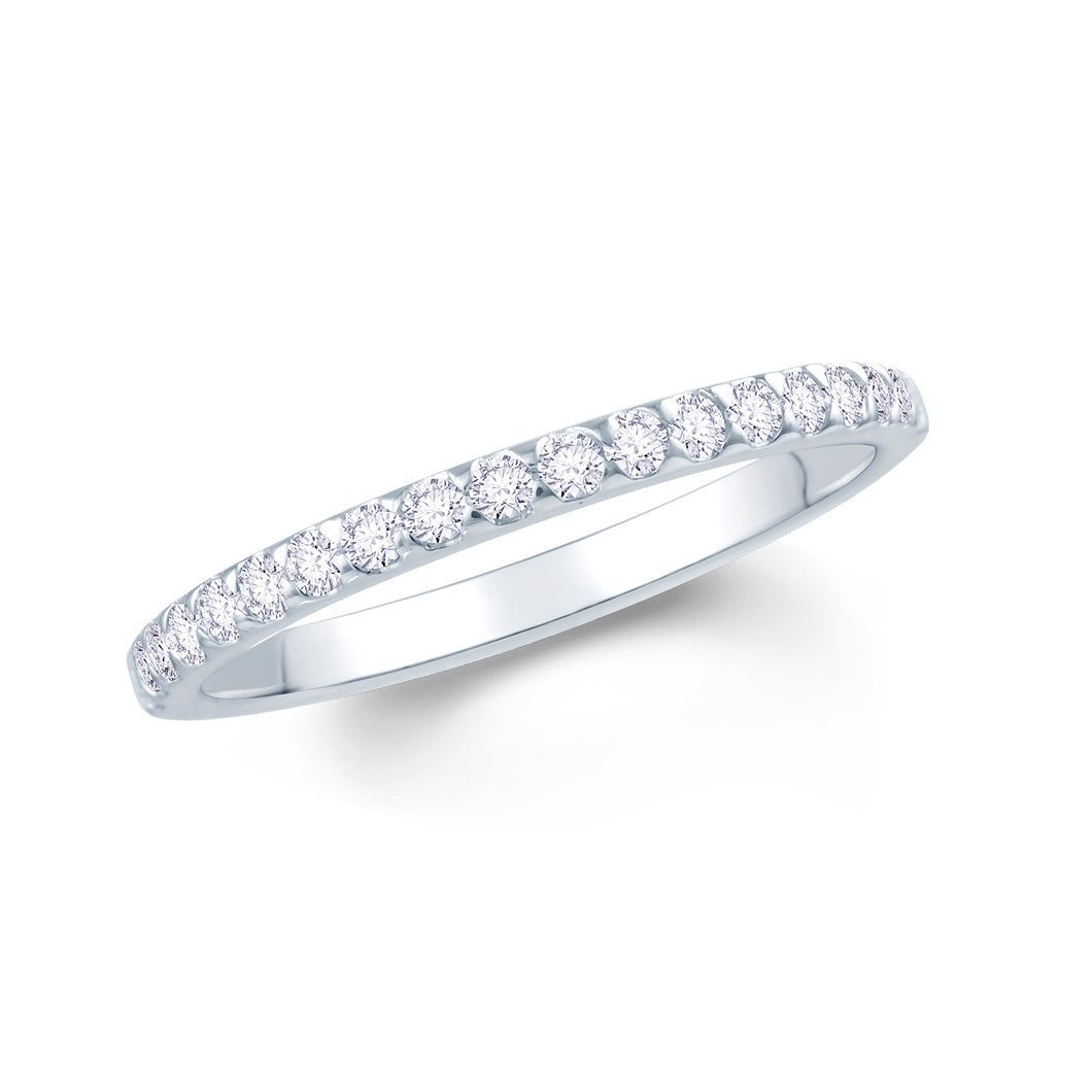 18ct White Gold 0.15ct Triangle Claw Set 1.7mm Diamond Ring