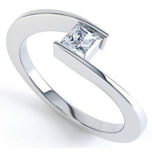 Load image into Gallery viewer, Platinum Princess Solitaire Rubover