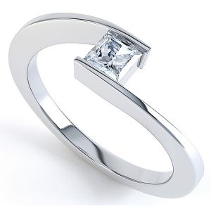 Platinum Princess Solitaire Rubover