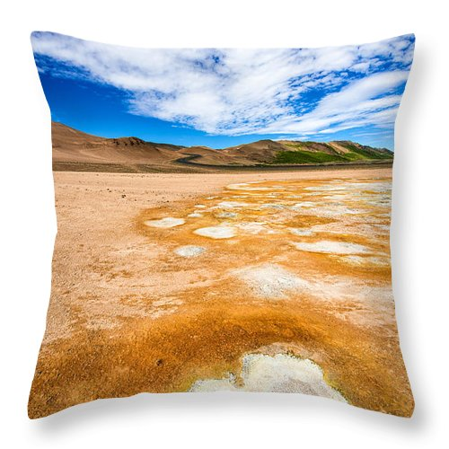 Fascinating Landscape In Iceland Europe - Throw Pillow