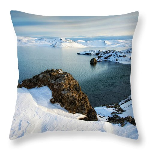 Lake Kleifarvatn Iceland In Winter - Throw Pillow