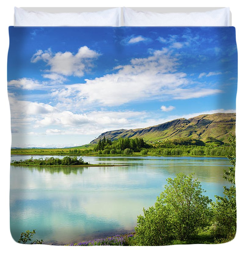 River Hvita In South Iceland - Duvet Cover