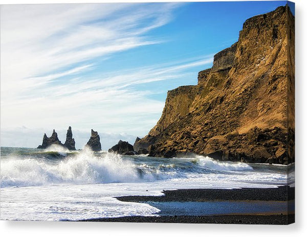 Vik Reynisdrangar Beach And Ocean Iceland - Canvas Print