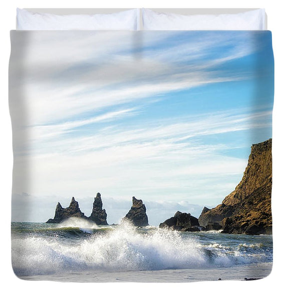 Vik Reynisdrangar Beach And Ocean Iceland - Duvet Cover