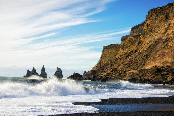 Vik Reynisdrangar Beach And Ocean Iceland - Art Print