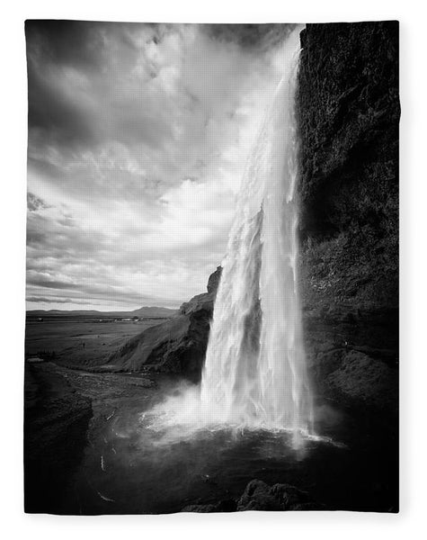 Waterfall In Iceland Black And White - Blanket