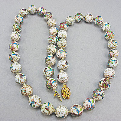 Cream cloisonne vintage chinese beads necklace