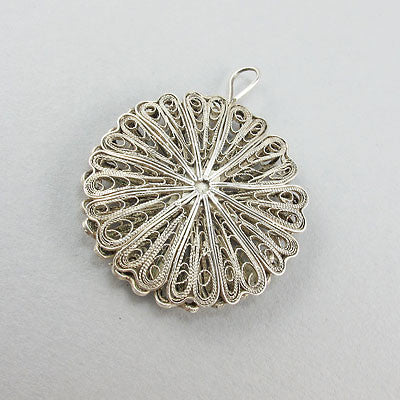 Vintage silver jewellery pendant filigree design