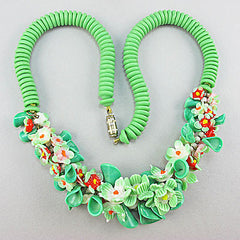 Vintage glass beads necklace green floral