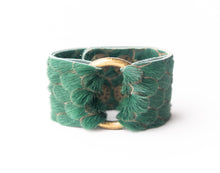 Load image into Gallery viewer, Scalloped in Green Leather Cuff