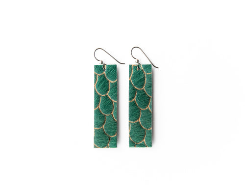 Scalloped in Green Four Corners Leather Earrings