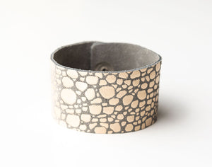 Pebbles in Platinum Wide Leather Cuff