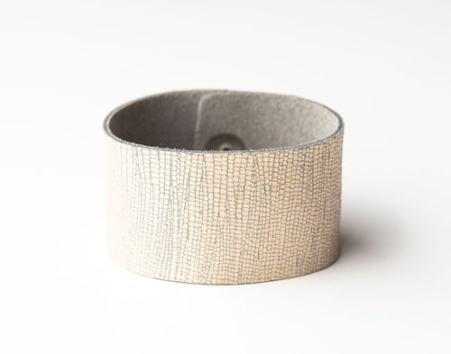 Speckled Shimmer in Cream Wide Leather Cuff