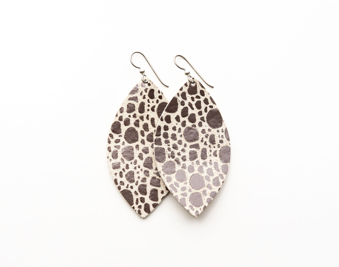 Pebbles in Silver Leather Earrings