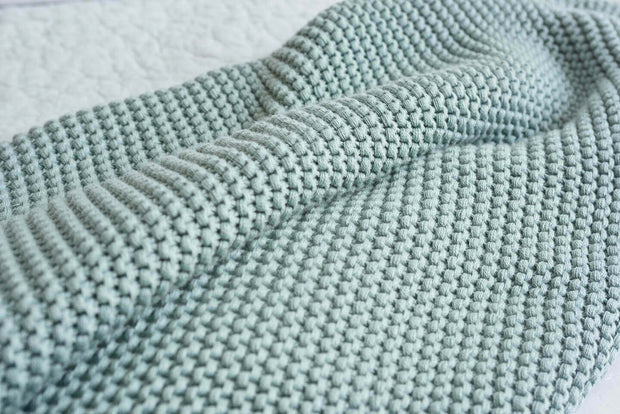 100% Organic Cotton Solid Knit Throw Blanket 1