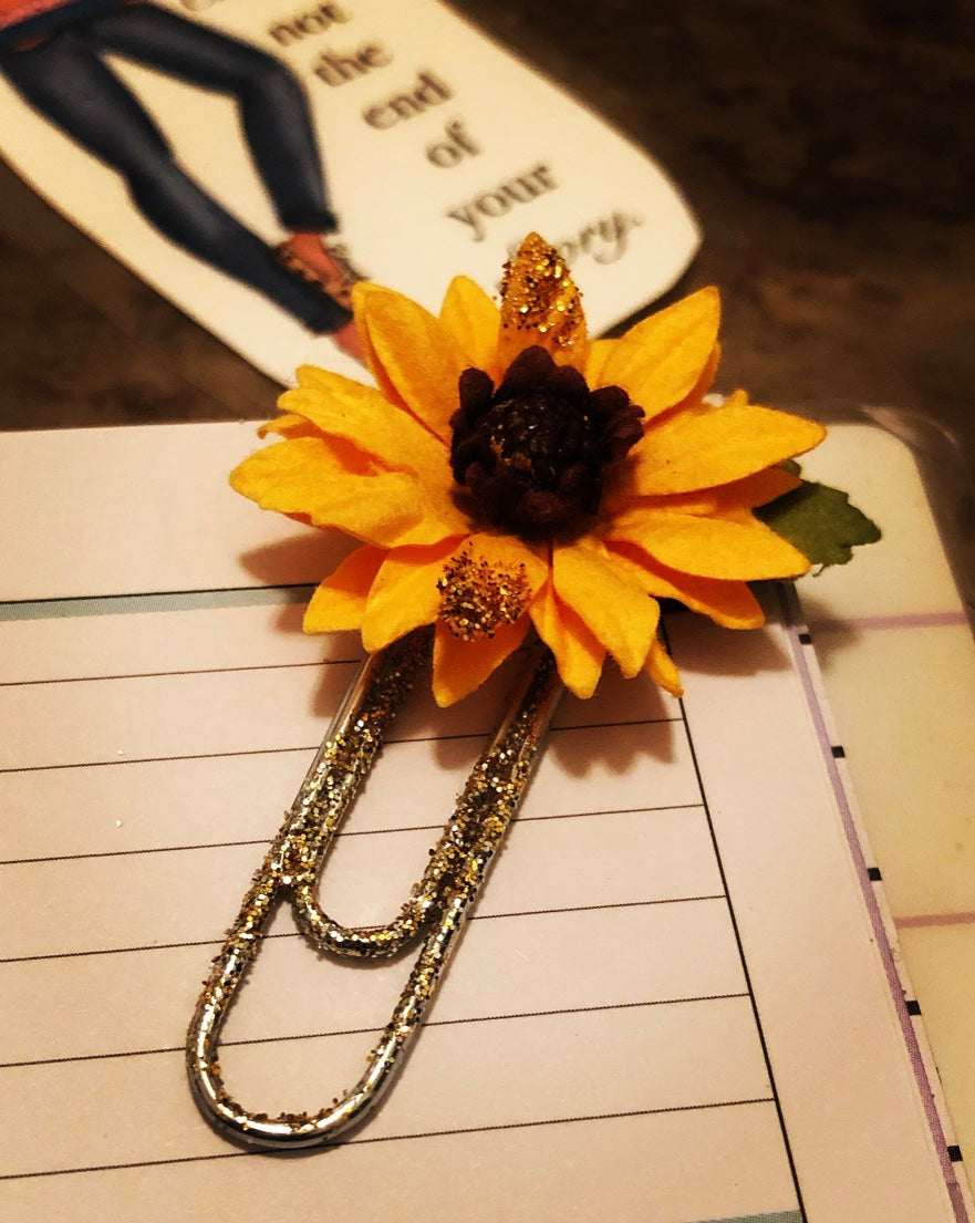 """Sunflower Dreams"" Paperclip Bookmark"