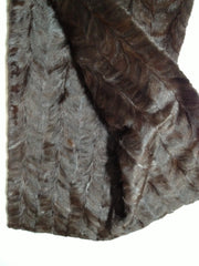 Mink plate #99 (Dark brown small paw)