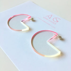 Ombre Notch Circle Hoop Earrings