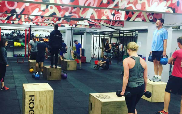 woman doing crossfit in north london gym