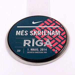 Bespoke metal acrylic medal for runners_Awards and medal Studio 2