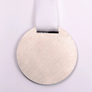 Bespoke metal acrylic medal for runners_Awards and medal Studio 1