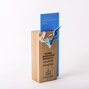 Custom hardwood oak acrylic bagde award-Awards and medal studio 4