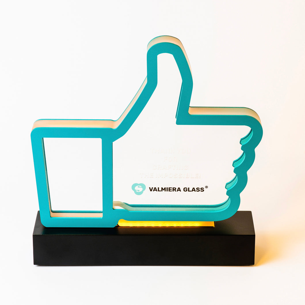 Custom acrylic aluminium trophy with diodes_Awards and medal studio