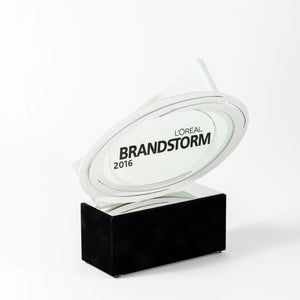Loreal custom glass silver polished aluminium award_Awards and medal studio 2