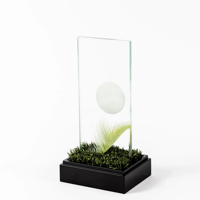 Custom golf glass award RO8 awards and medal studio