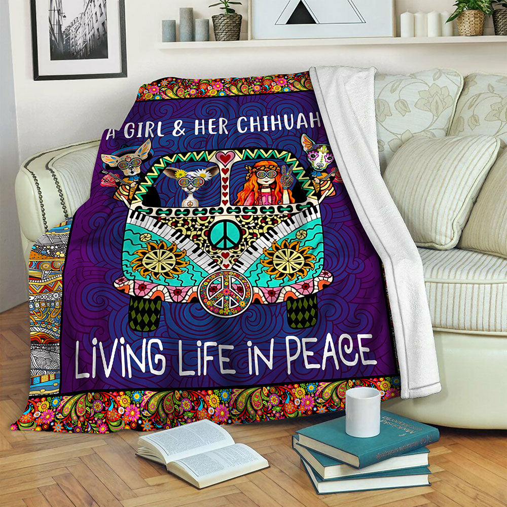 Chihuahua TVH1410124 Fleece Blanket