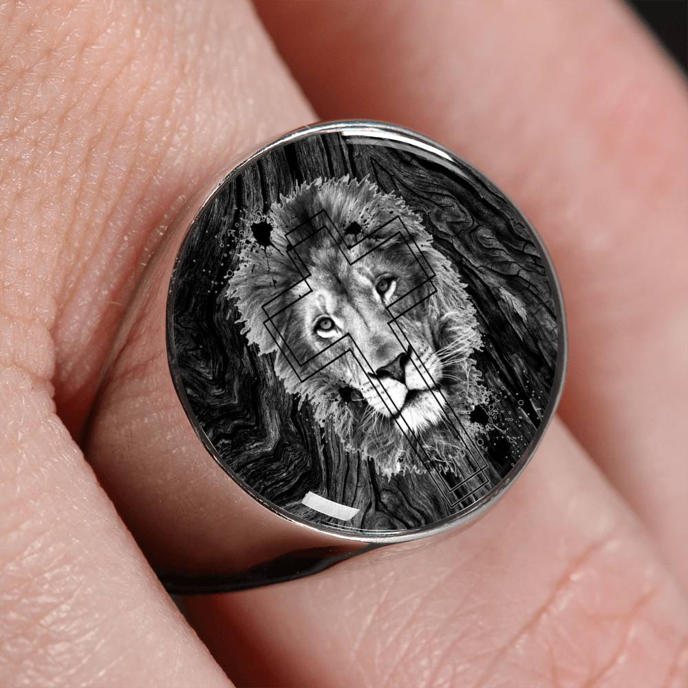 VIRA Perfect Signet Ring For Jesus Lovers