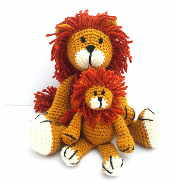 Alfred the Lion Luxury Crochet Kit