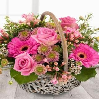 Rum - Funeral Basket in beautiful Pinks.