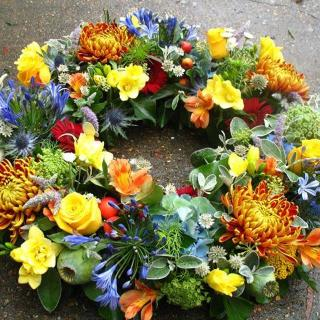 Casari - Vibrant Jewel Wreath.