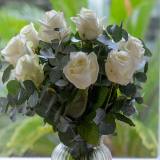 Tara - Simply Ten White Akito Roses & foliages.