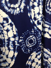 Load image into Gallery viewer, Womens Blue Print Maxi Skirt - Plus 2X