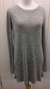 Maurices Gray Womens Size Small Shirt