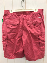 Load image into Gallery viewer, IZOD Size 34 Shorts