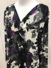 Load image into Gallery viewer, LOFT Black Womens Size Small Shirt