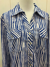 Load image into Gallery viewer, Notations Blue Womens Size M Shirt