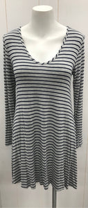 Charlotte Russe Gray Juniors Mini Dress/Tunic Medium