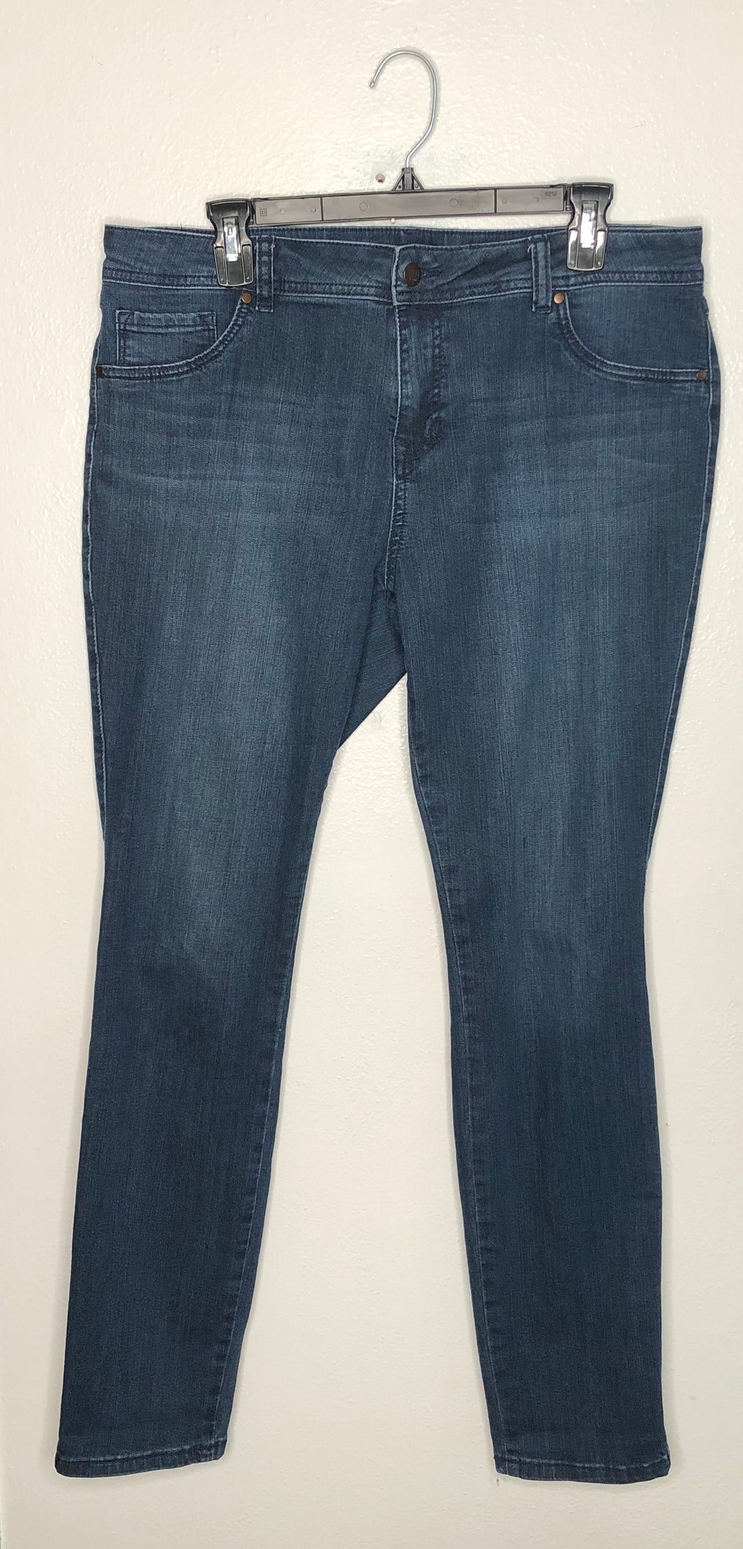 d. jeans Dark Denim Skinny Fit Sz 14