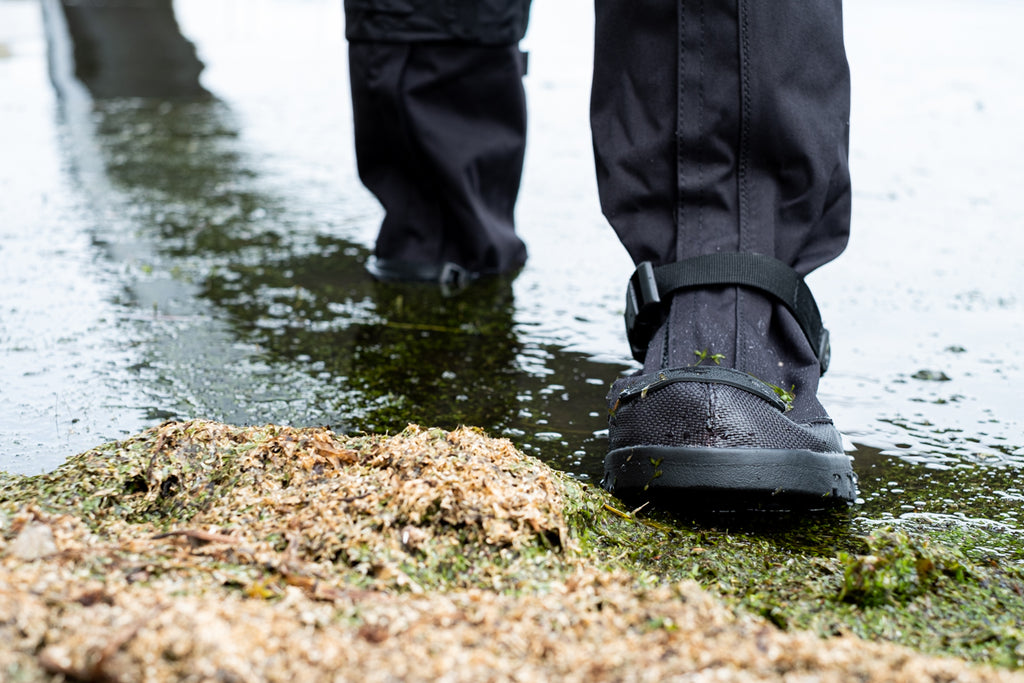 NEOS Overshoes in Water