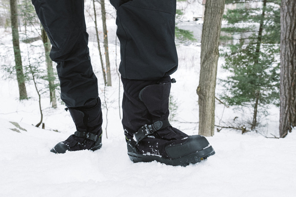 NEOS Overshoes keeping you warm in winter