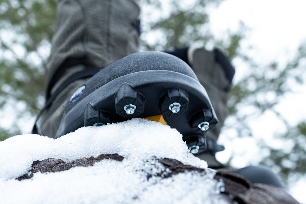 NEOS Overshoes with cleats for winter ice and snow