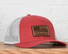 Load image into Gallery viewer, American Flag Snapback