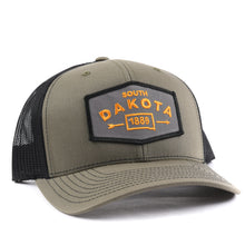 Load image into Gallery viewer, South Dakota Arrow Snapback Hat Classic State