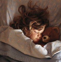 Child sleeping - proper sleep helps reduce stress