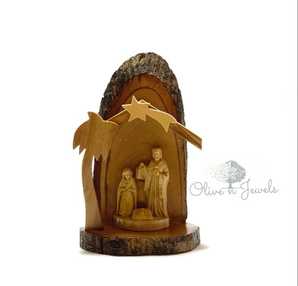 Olive Wood Nativity & Gypsum Holy Family