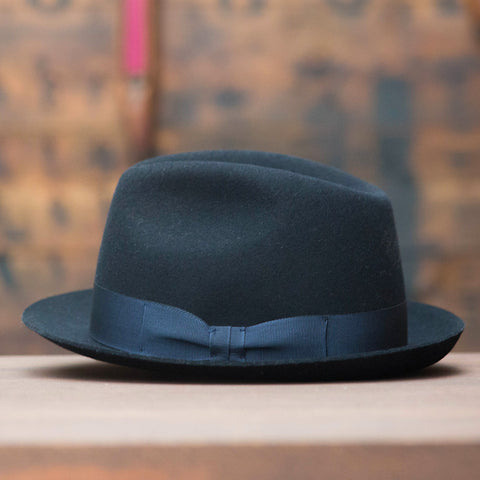Trilby night blue